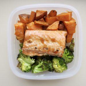 Lazy Meal Prep: Sheet Pan Salmon, Veggies & Potatoes