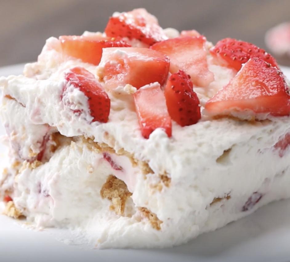 easy desserts strawberry icebox cake