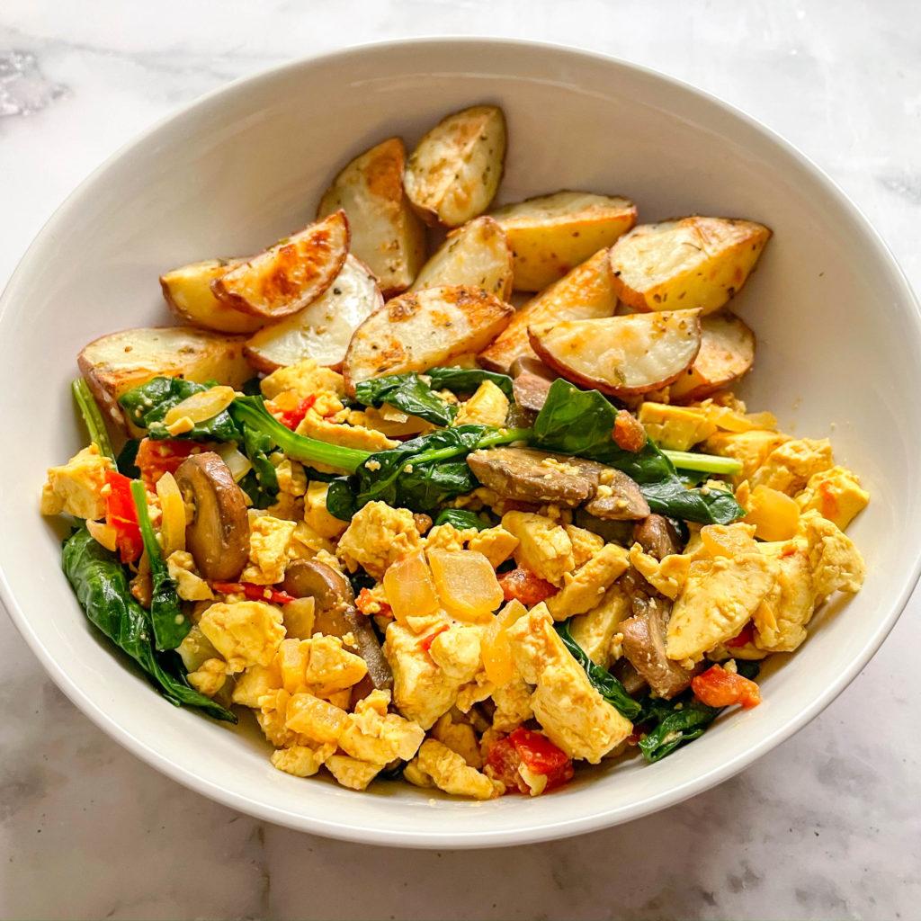 Vegan tofu scramble for meal prep