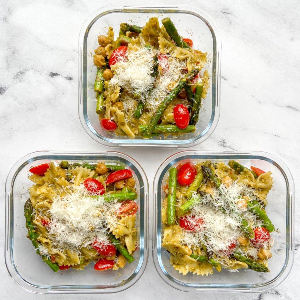 veggie pesto pasta perfect for meal prep