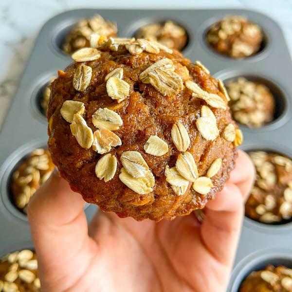 pumpkin oat muffins - workweek lunch